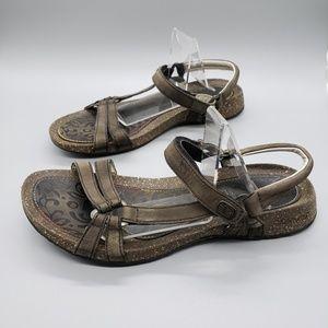 Teva Ventura strappy sandal brown comfort SZ 9